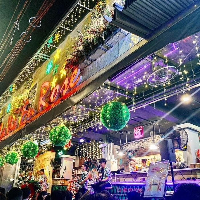 La Vie En Rose Coffee - quán cà phê đẹp ở Vũng Tàu cứ lên hình là hút like 'rần rần'