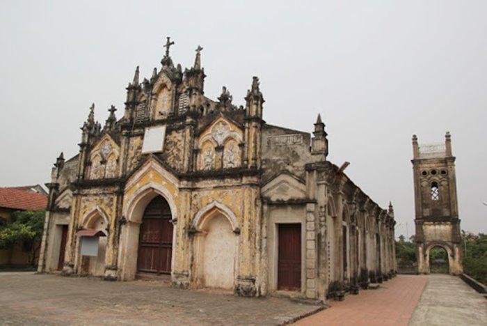 nhà thờ du lịch Khoái Châu