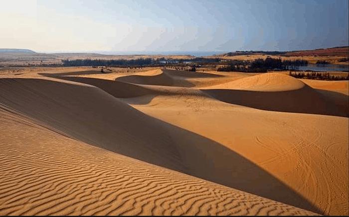Khám phá khu du lịch Bàu Trắng - Những triền cát dài