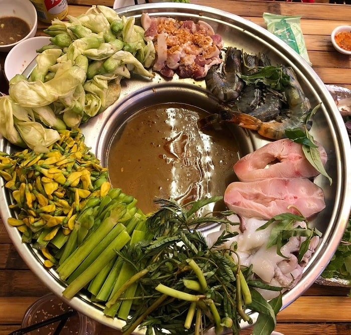 delicious taste - attractive point of U Minh fish sauce hotpot