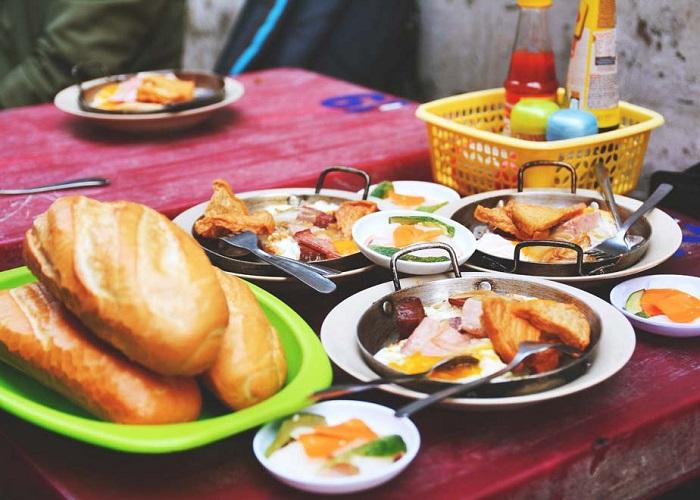 quán ăn sáng ngon ở Sài Gòn - quán bánh mì chảo Hòa Mã