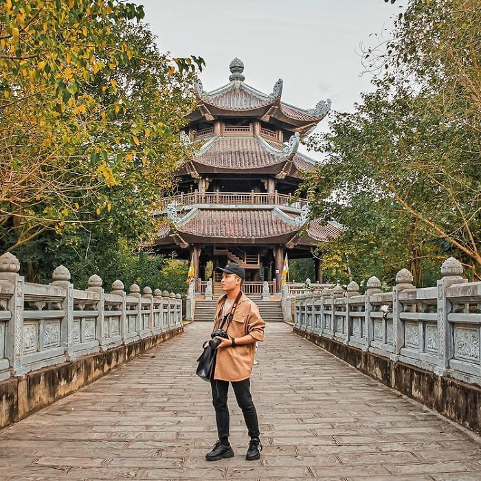 đi du lịch Ninh Bình nên mặc gì - quần áo dài tay