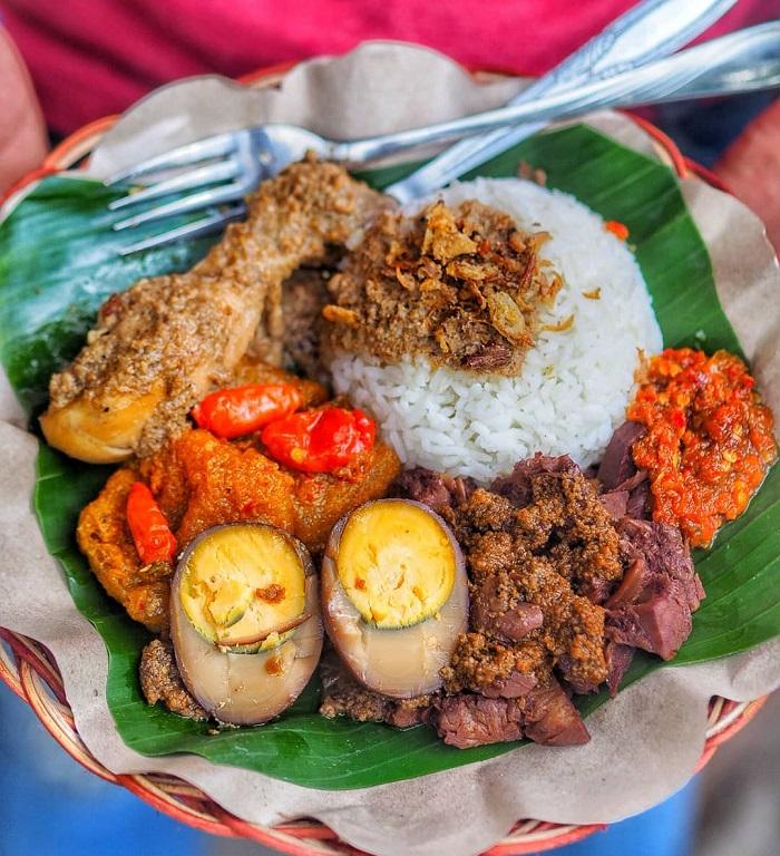 Món Gudeg -  Du lịch Yogyakarta - thủ đô văn hóa của Indonesia