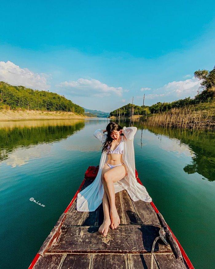 Đi Tà Đùng mùa nào đẹp đi thuyền