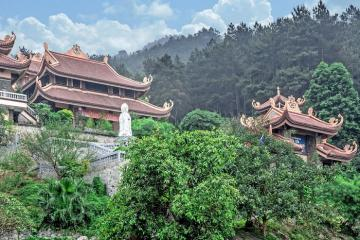 Tìm về chốn thanh tịnh tại Thiền Viện Trúc Lâm Tây Thiên Vĩnh Phúc