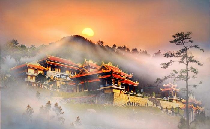 Vẻ đẹp ở Thiền Viện Trúc Lâm Tây Thiên