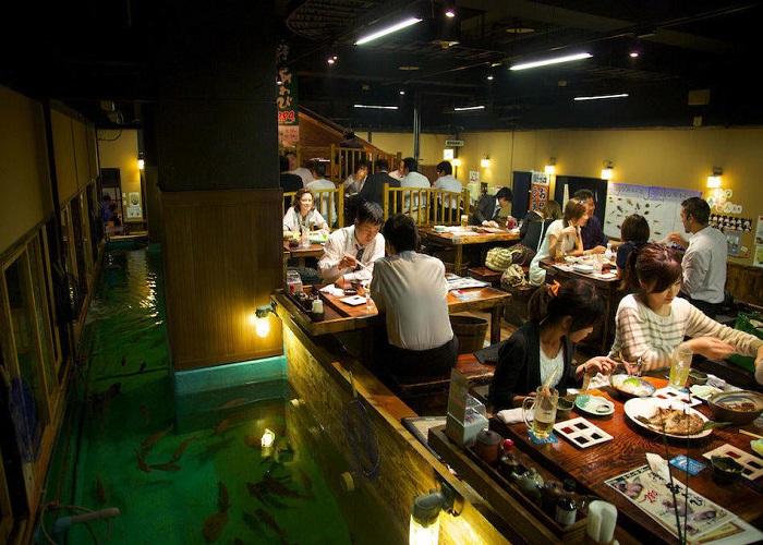 quán cà phê kì quái nhất Nhật Bản