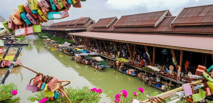 Chợ nổi Ayutthaya