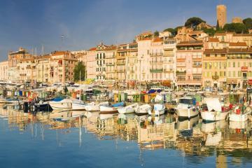 Tìm đến cảng cổ Vieux Port – biểu tượng của Marseille Pháp
