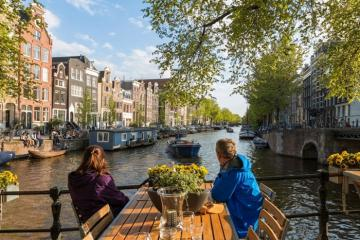 Du lịch xứ sở hoa Tulip khám phá khí hậu Hà Lan có gì đặc biệt