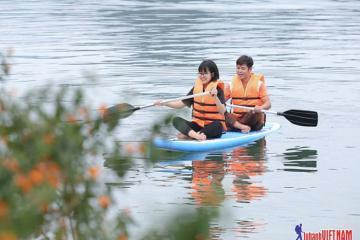 Trải nghiệm du lịch mới lạ với combo 'Khám phá lòng hồ Hoà Bình'