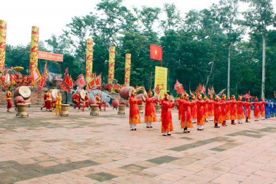 Về Thanh Hóa vui chơi ở các lễ hội nổi tiếng nhất xứ Thanh