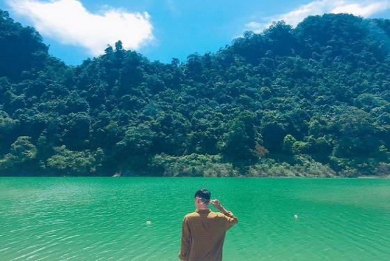 Lên Cao Bằng, nghe truyền thuyết về quần thể hồ Thang Hen