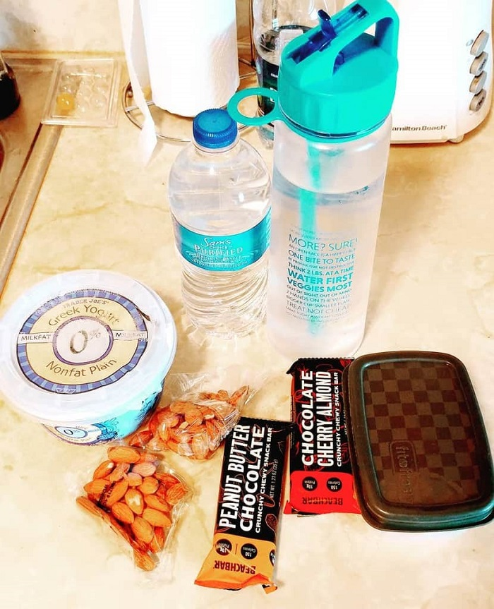 Maintain a diet while traveling