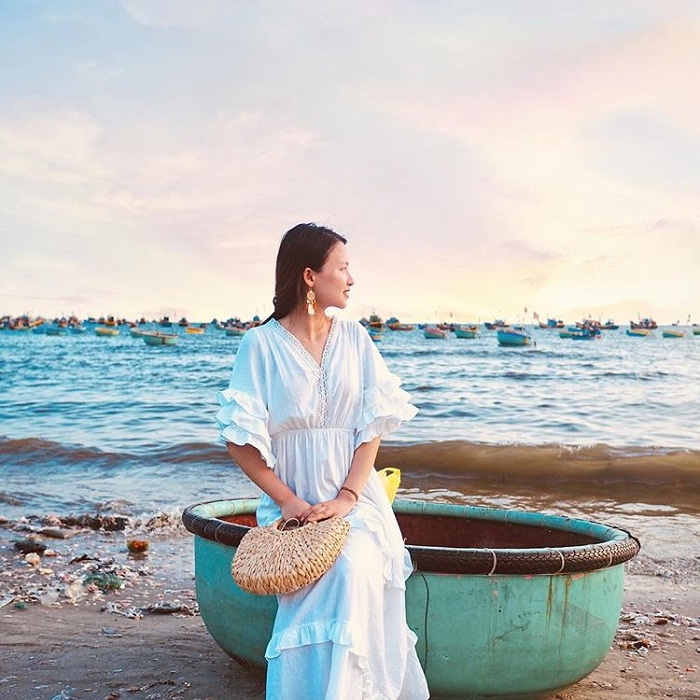 'Quietly' in the tranquility of the fishing village of Mui Ne
