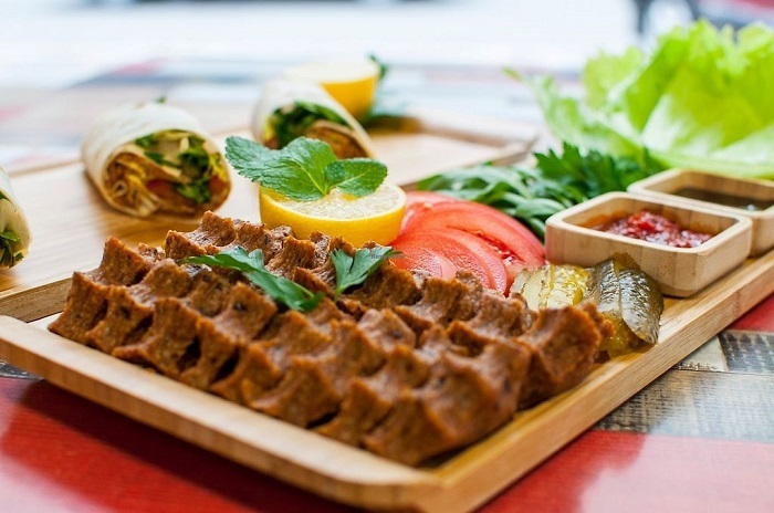 Check out the frugal and eye-catching Turkish vegetarian dishes