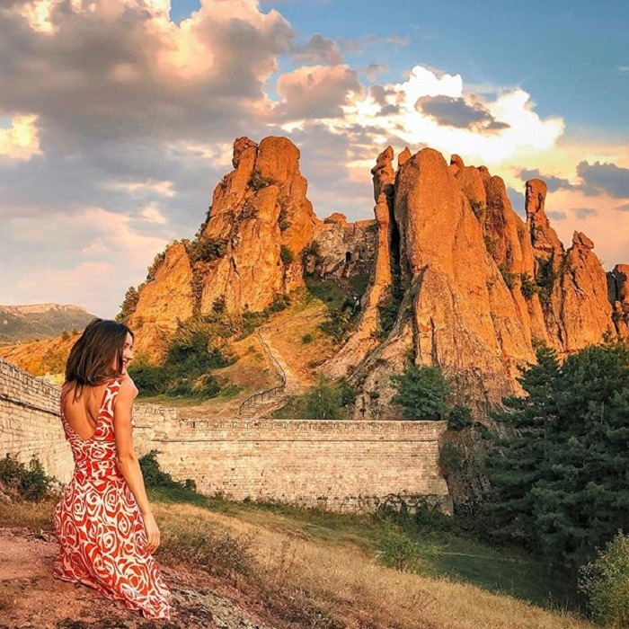 Admire the breathtaking beauty of the Bulgarian rock fortress Belogradchik