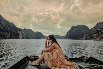 Kinh nghiệm du lịch vịnh Lan Hạ: tận hưởng vẻ say đắm của 'nàng thơ'