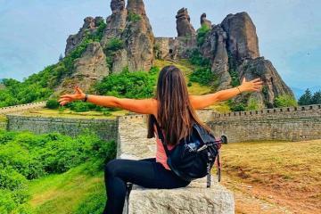 Chiêm ngưỡng vẻ đẹp ngoạn mục của pháo đài đá Belogradchik Bulgaria
