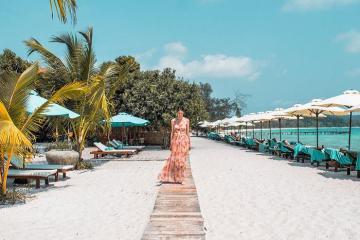 Tới bãi biển Sok San 'lạc' vào thiên đường biển trong xanh như ngọc ở Koh Rong