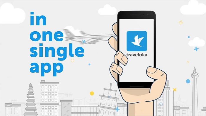 Complete set of 8 useful travel apps