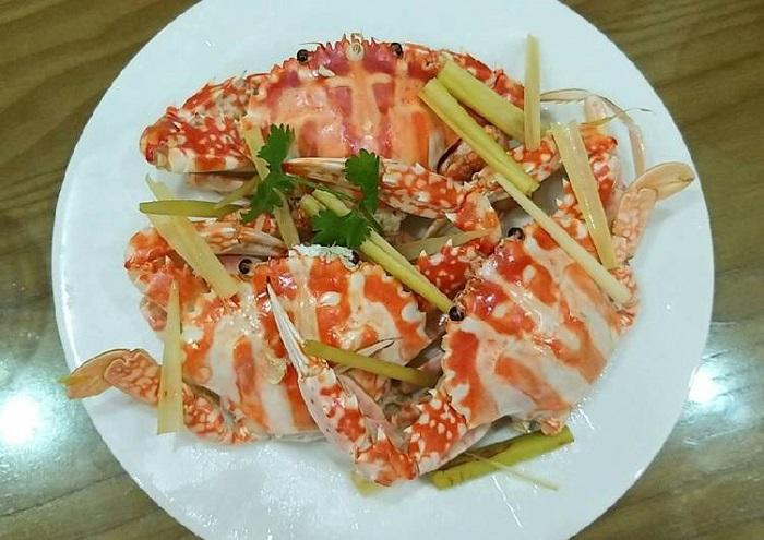 Hon Roi Phu Quoc - eat seafood