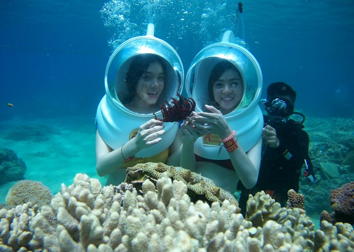 Hon Roi Phu Quoc - walking under the sea