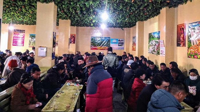 Một quán trà và mì địa phương - Hướng dẫn du lịch Lhasa