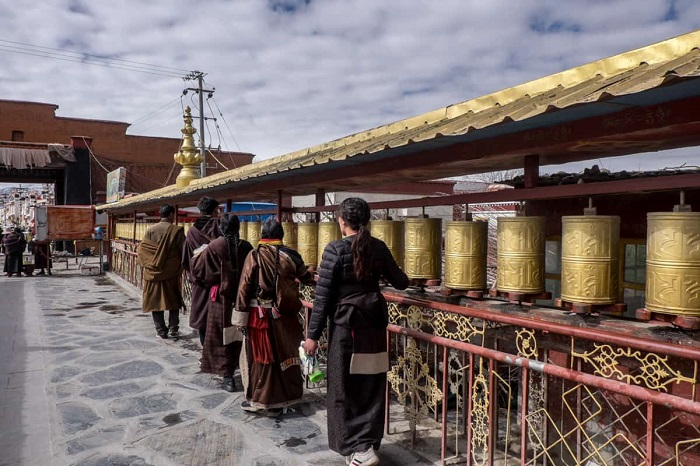 Lhasa là một thành phố thủ phủ cao nhất thế giới - Hướng dẫn du lịch Lhasa