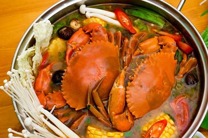 delicious restaurant in Rach Gia - Bien Xanh restaurant