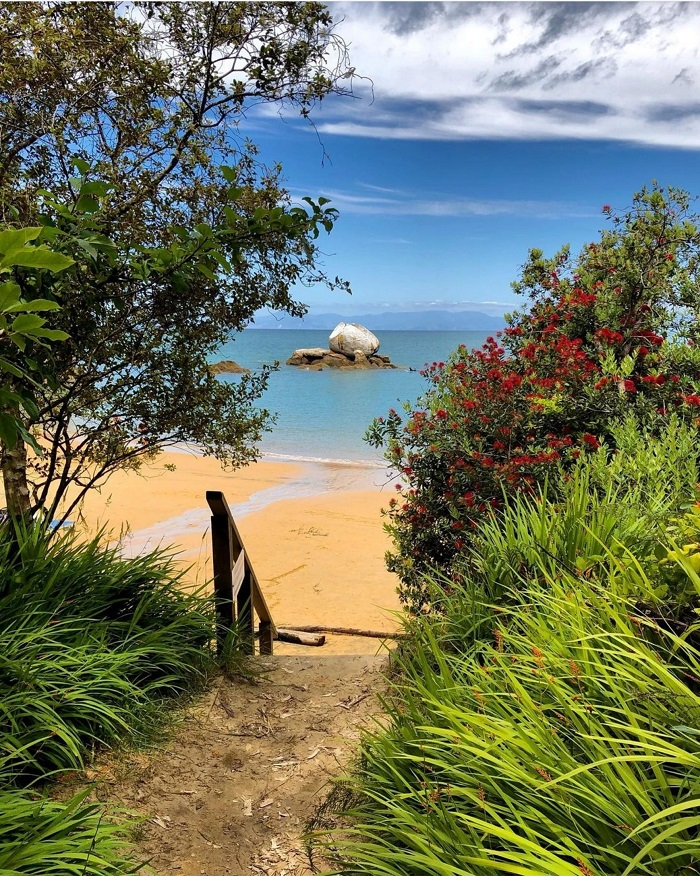 Cảnh đẹp ngoạn mục trên Vịnh Te Puketea - Công viên Quốc gia Abel Tasman