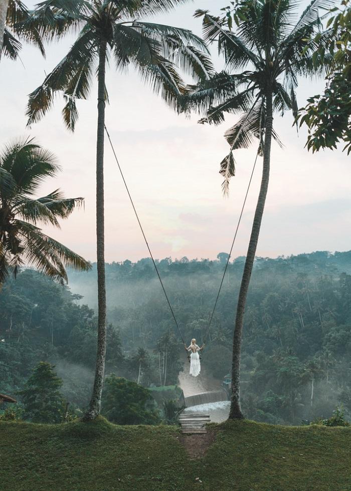 Bay trên sông Agung với chiếc xích đu Bali Swing nổi tiếng - Zen Hideaway Bali