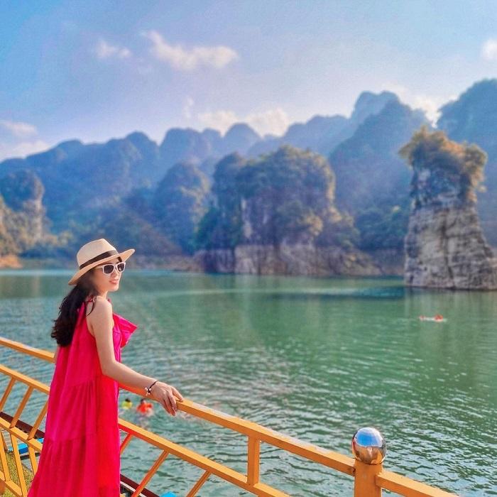 Beautiful scenery at Na Hang Lake