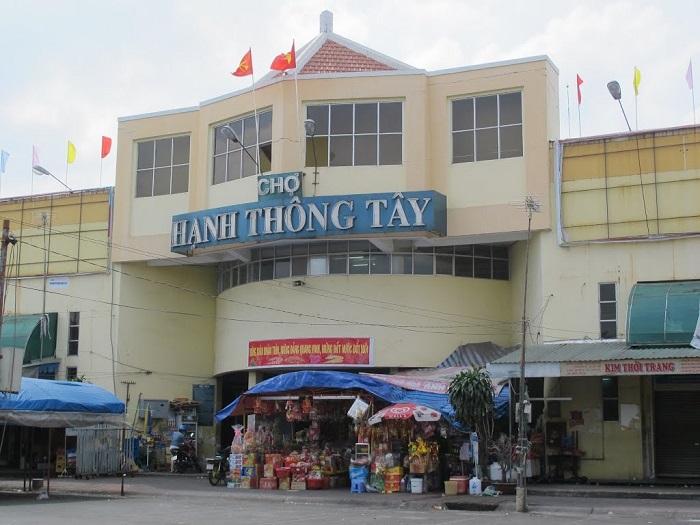 chợ nổi tiếng ở Sài Gòn- chợ Hạnh Thông Tây