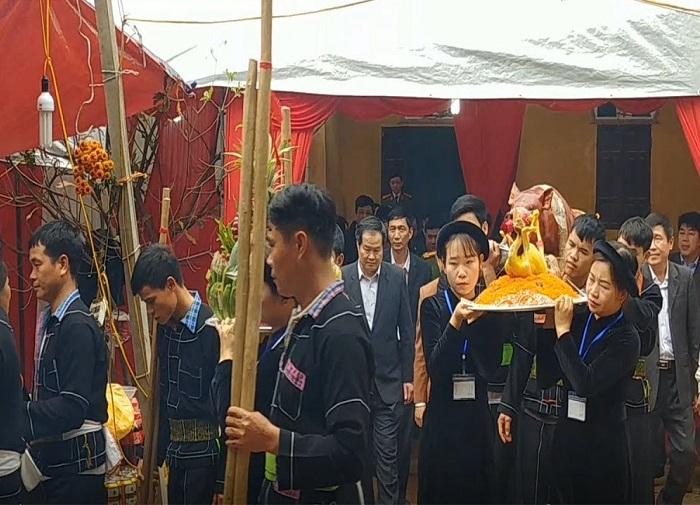 Bac Nga Lang Son Pagoda - activities at the festival
