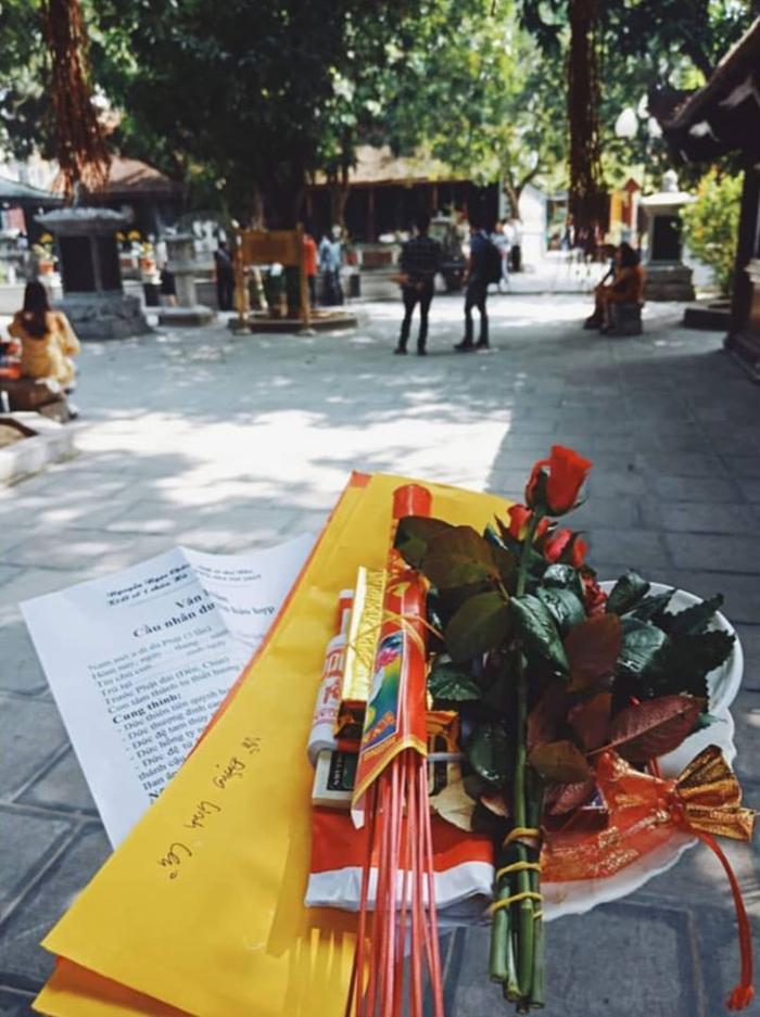 Những ngôi chùa cầu duyên ở Hà Nội - Chuẩn bị lễ