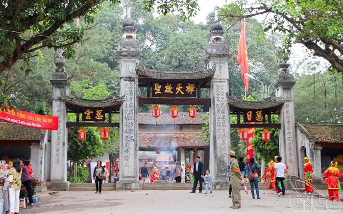 Những ngôi chùa cầu duyên ở Hà Nội - Chùa Láng