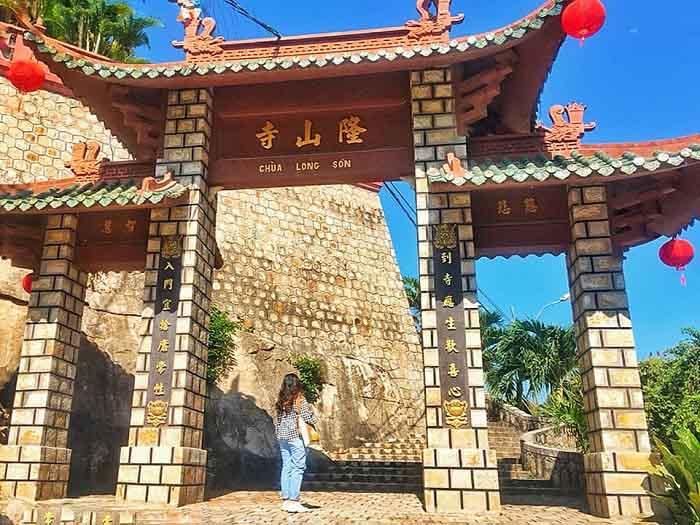 Danh sách chùa ở Châu Đốc - Chùa Long Sơn
