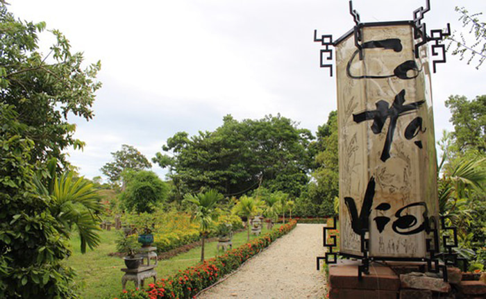 Explore Co Ha garden - embellished