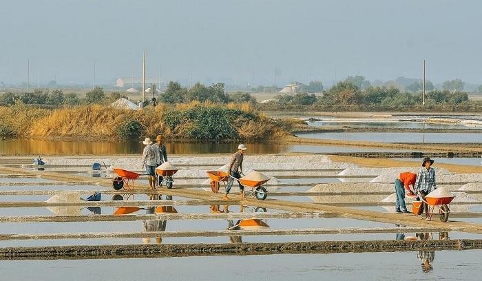 đảo Long Sơn - hòn đảo gần Sài Gòn thu hút