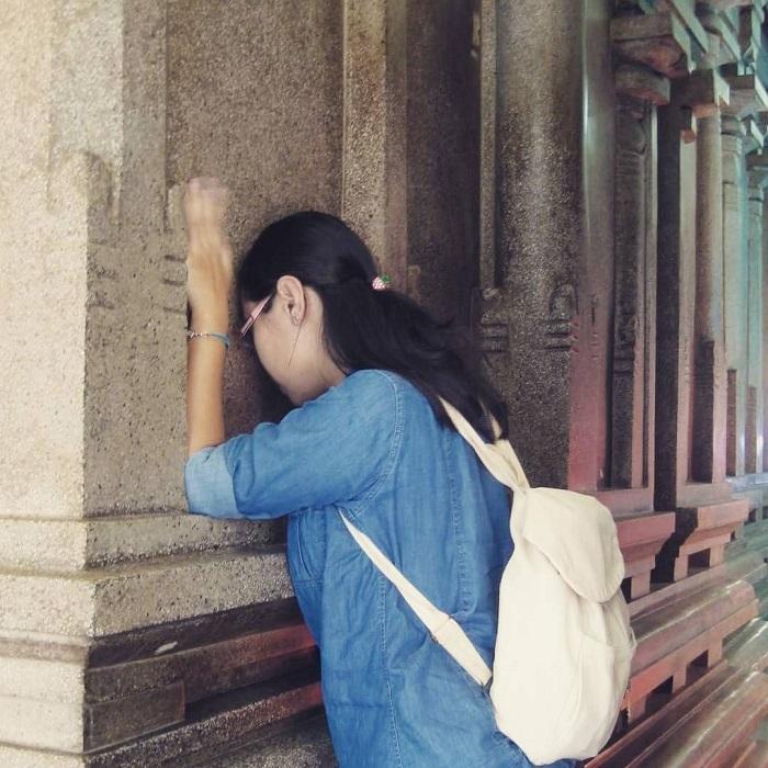 đền Mariamman Sài Gòn - cầu nguyện