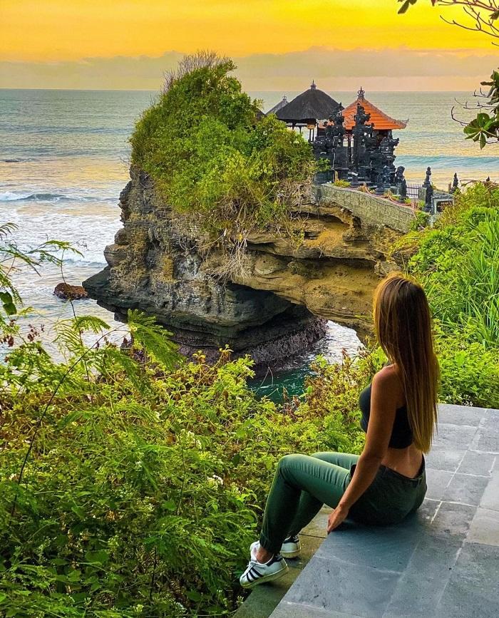 Pura Batu Bolong cũng là một ngôi đền tuyệt đẹp -  Đền Tanah Lot