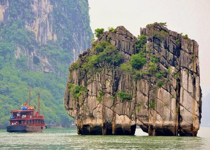 đỉnh Lư Hương Hạ Long- ở đâu