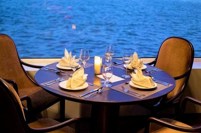 du thuyền ăn tối trên sông Sài Gòn - Du thuyền Saigon Princess