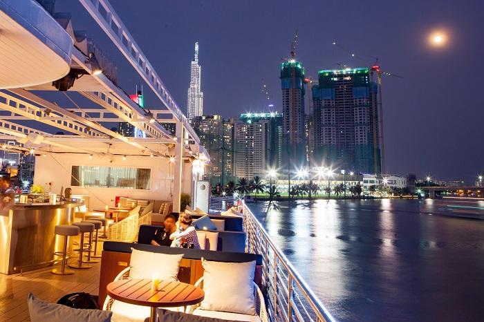 du thuyền ăn tối trên sông Sài Gòn - du thuyền Bến Nghé