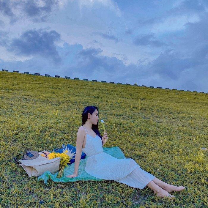 the beauty of Am Chua lake in Nha Trang