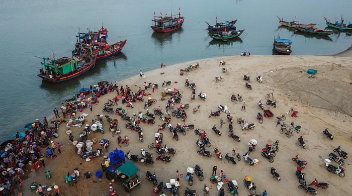 Interesting things in Cua Nhuong fishing village