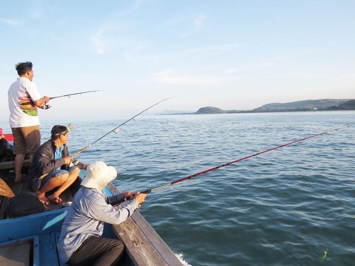 Experiences in Cua Nhuong fishing village