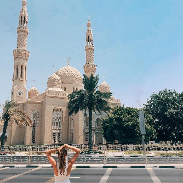 Nhà thờ Hồi giáo Jumeirah Phong cách kiến trúc có nguồn gốc từ Syria và Ai Cập