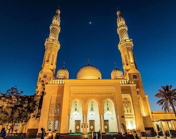 Nhà thờ Hồi giáo Jumeirah lúc về đêm